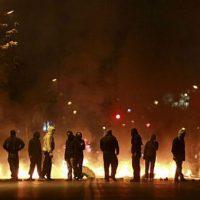 Câmara do Chile aprova projeto de lei que criminaliza saques e barricadas