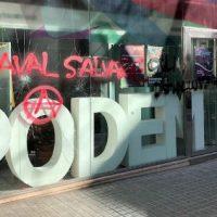 [Espanha] Sede do partido Podemos é atacada em Barcelona