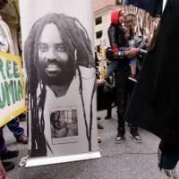 [EUA] Alerta! Um novo golpe contra Mumia Abu-Jamal!