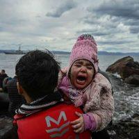 Na fronteira entre a Grécia e a Turquia, os políticos brincam com a vida das pessoas