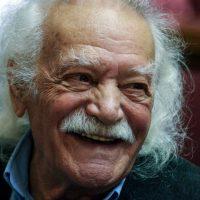 [Grécia] Aos 98 anos, morre em Atenas Manolis Glezos