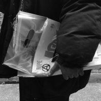 [Reino Unido] Viu essas 'Big Issues' anarquistas sendo vendidas nas ruas de Londres?