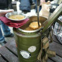 """[Rússia] Ativistas do """"Food Not Bombs"""", que alimentavam os sem-teto, foram reprimidos e detidos por """"violação do auto-isolamento"""""""
