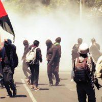 Anarquistas atacam a Embaixada dos Estados Unidos no México