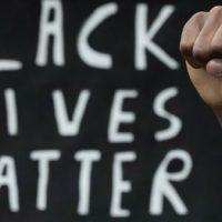 [França] Vamos acabar com o racismo e suas causas!
