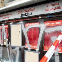 [Alemanha] Ataque a um bar nazista em Colônia