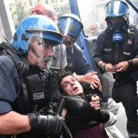 [Reino Unido] Em todo o mundo, a polícia é nossa inimiga.