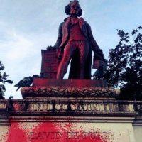 [França] Um monumento para os resistentes ao colonialismo, e não para os escravocratas!