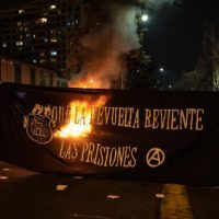 [Chile] Comunicado: Prisioneirxs da guerra social de ontem e de hoje pela destruição da sociedade prisional