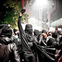 [EUA] Em defesa do Black Bloc nos protestos de Nova York