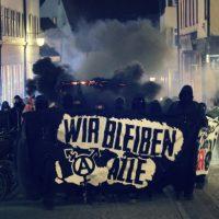 [Alemanha] Tübingen: Manifestação espontânea de solidariedade para com a okupa Liebig34 em Berlim