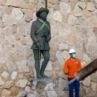 Última estátua de Francisco Franco na Espanha é retirada