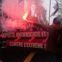 [França] Antifascistas realizam protesto em Paris