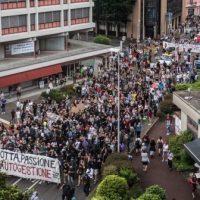 """[Itália] Protesto em Lugano contra o despejo do """"Il Molino"""" e pela autogestão reúne milhares de pessoas"""