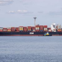 [Estados Unidos] Navio de carga israelense bloqueado no porto de Seattle