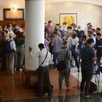 Comunicado de imprensa do sindicato FAU: delegação de paz retida no hotel, ato proibido