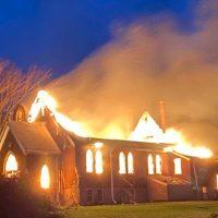 [Canadá] Igrejas católicas em comunidades indígenas são incendiadas