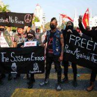 [Myanmar] Punks birmaneses em pé de guerra