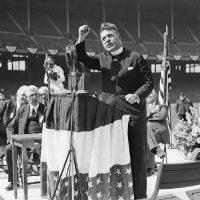 [EUA] Charles Coughlin: o padre que apoiou e incentivou o nazismo