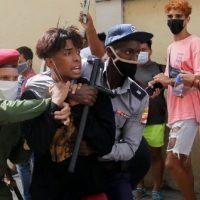 """[Cuba] """"Nunca é culpa deles, é sempre o bloqueio"""""""