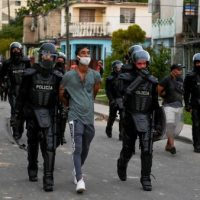 [Cuba] Mensagem para a esquerda silenciosa