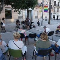 [Espanha] Homenagem a Sebastián Oliva na Plaza del Arenal