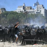 [Argentina] Buenos Aires: Primavera Negra. Chamada para agitação 20 anos depois de 2001